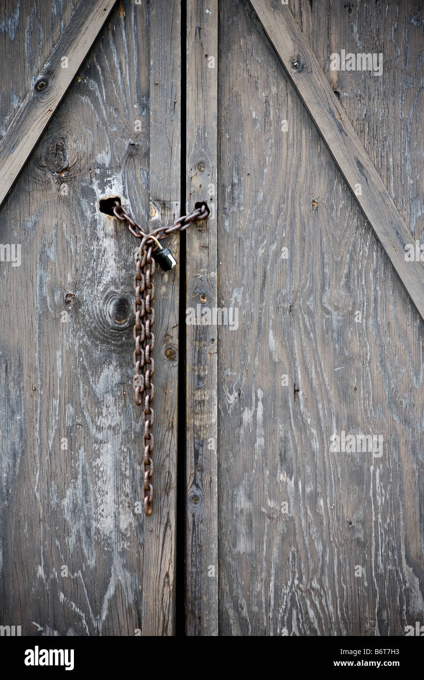 The Locked Doors Of An Abandoned Building Stock Photo 21431119 Alamy