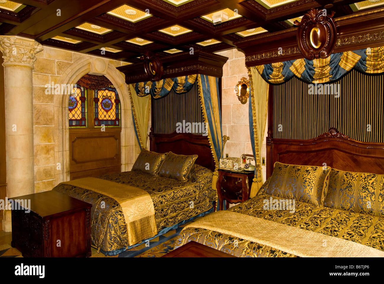 Cinderella Castle Suite Bedroom Magic Kingdom Walt Disney World Stock Photo 21439886 Alamy