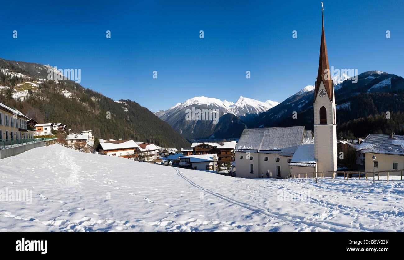 View over Finkenberg looking towards Mayrhofen, Zillertal (Ziller Valley), Tyrol, Austria - Stock Image