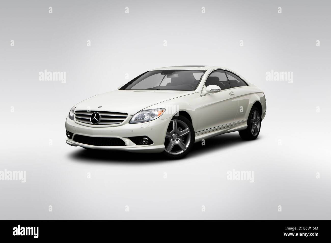 2009 Mercedes Benz CL Class CL500 In White   Front Angle View   Stock