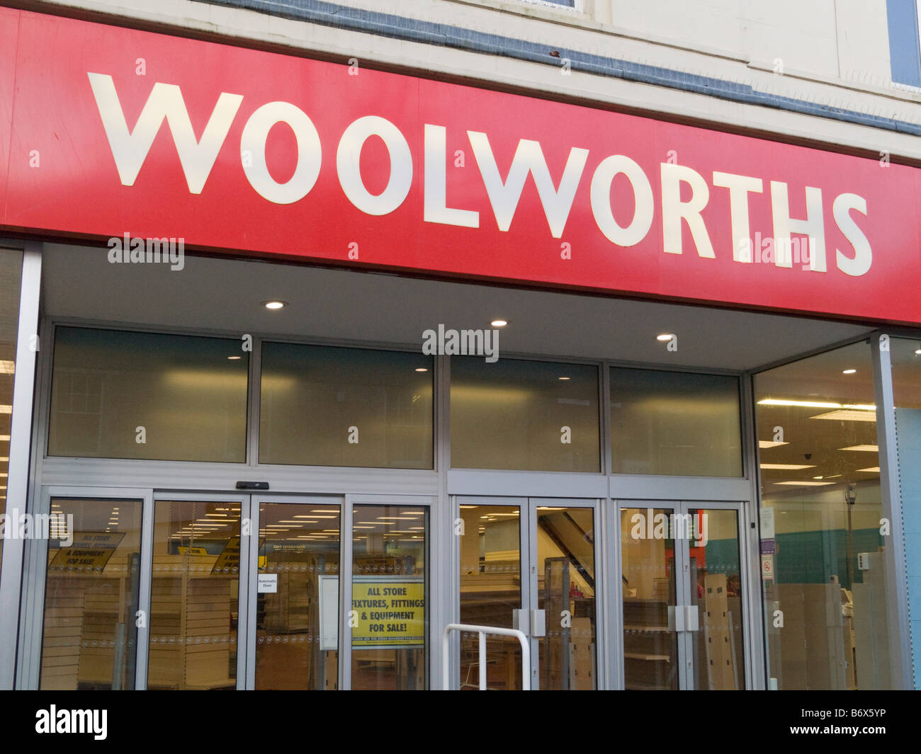 Britain UK Woolworths store shop front closed down - Stock Image