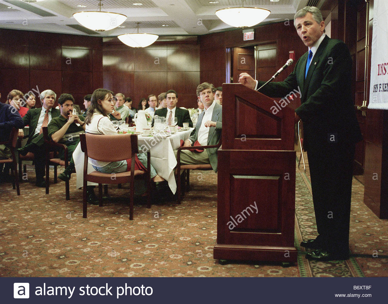 9 29 98 HAGEL Sen Chuck Hagel R Neb delivers his speech on American foriegn policy in the post Cold War era at Harvard - Stock Image