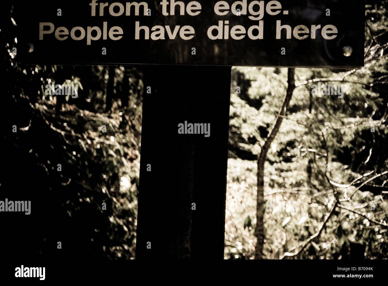 Warning sign, Pisgah National Forest, North Carolina. - Stock Image