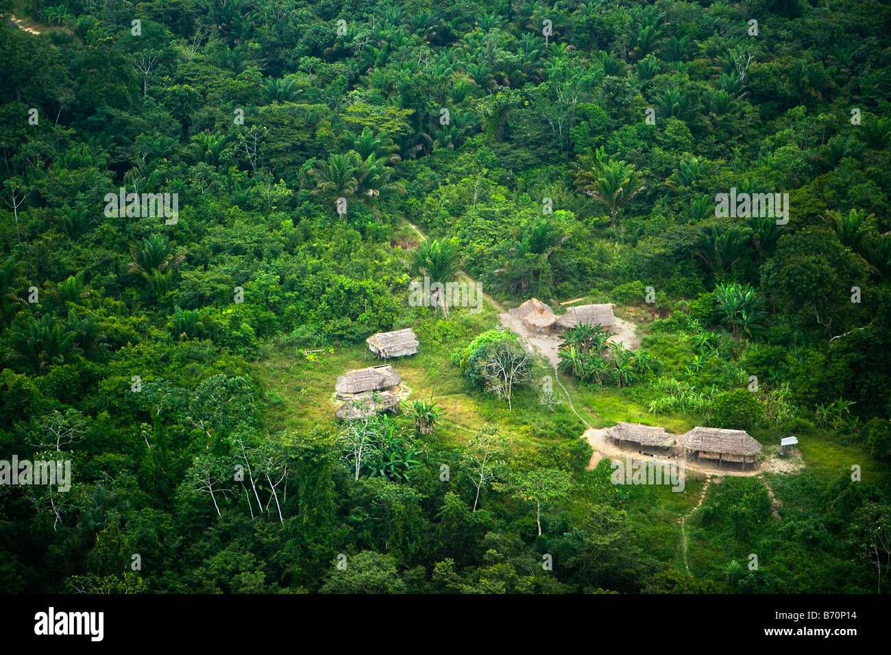 Suriname, Kwamalasamutu, home of indigenous Indians. Aerial view of some huts outside the village. - Stock Image