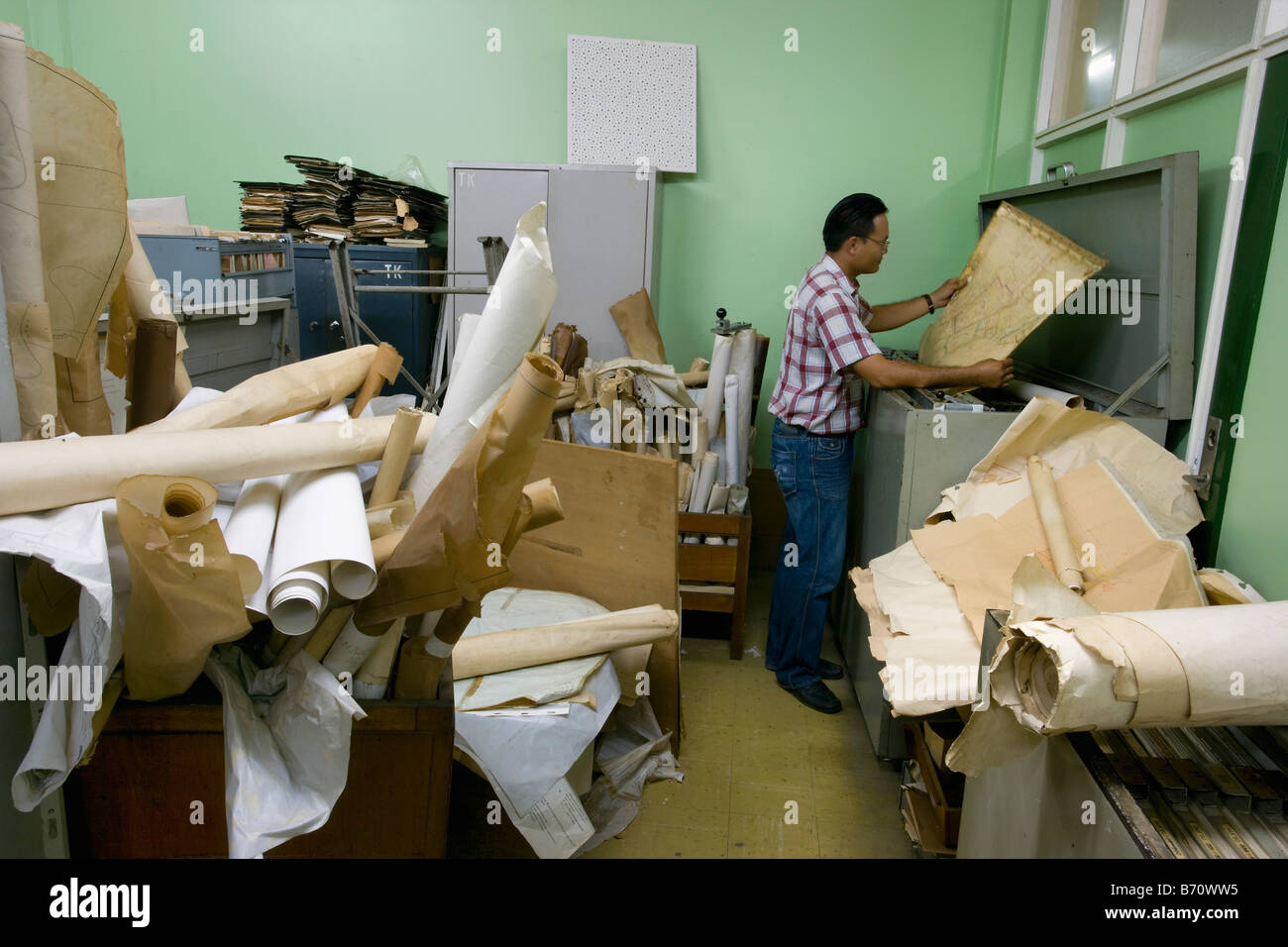 Suriname, Paramaribo, Land registry office called Domeinkantoor. Files archives. - Stock Image
