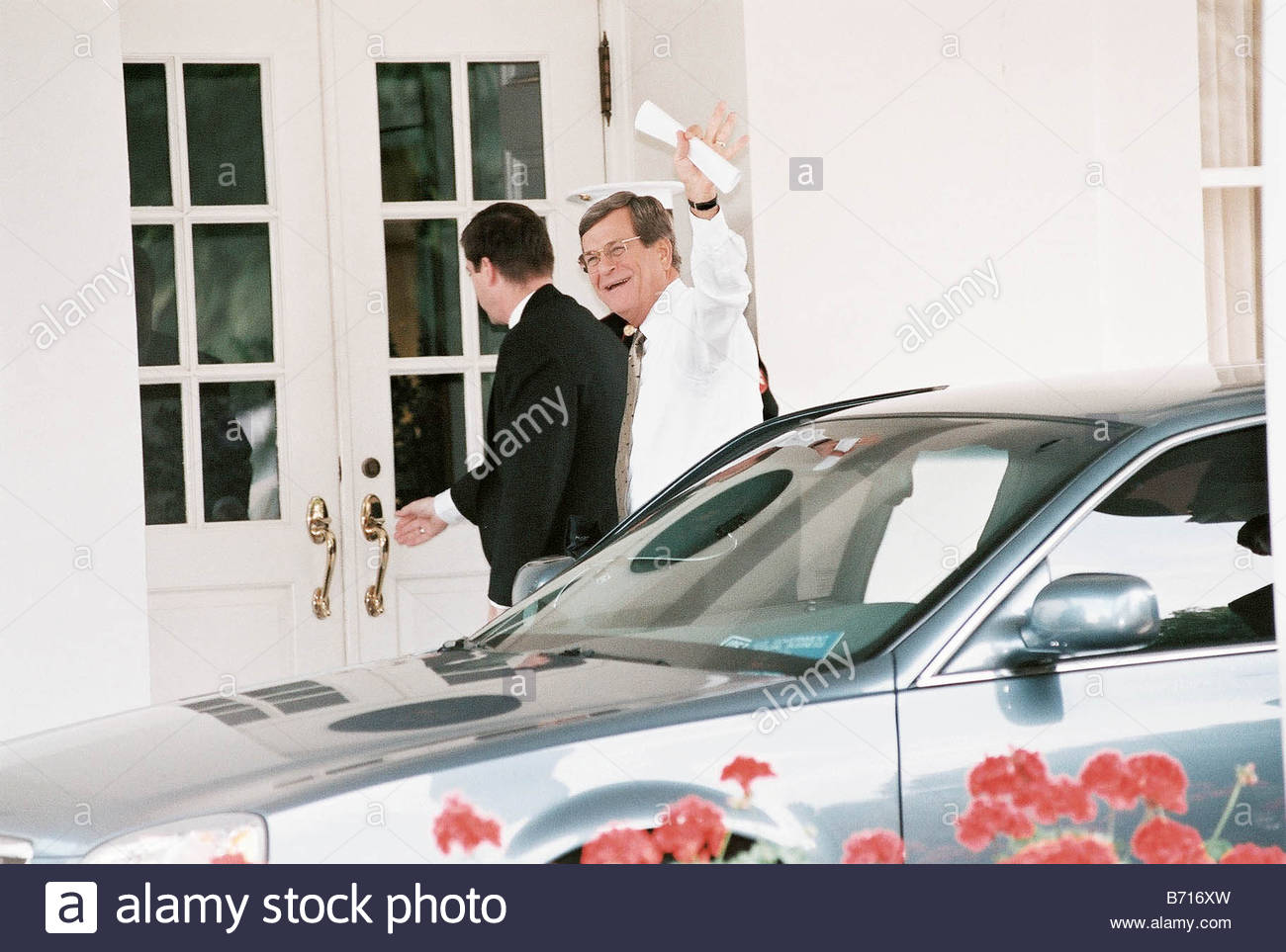 9 12 00 WHITE HOUSE MEETING Senate Majority Leader Trent Lott R Miss arrives at the White House for a meeting with - Stock Image