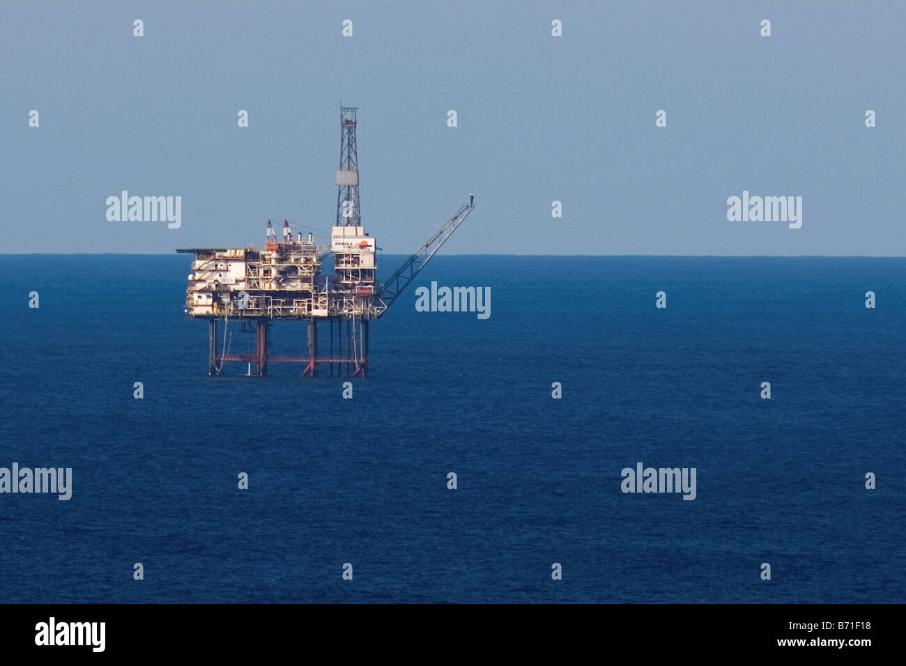 Sea gas platform in the Gulf of Biscay, Spain, Cantabric sea, energy, petrol - Stock Image