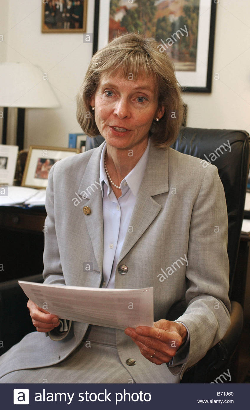 5 15 02 Lois Capps D Calif CONGRESSIONAL QUARTERLY PHOTO BY SCOTT J FERRELL - Stock Image