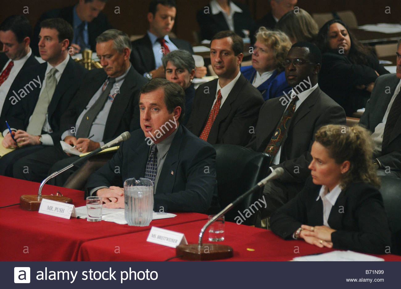 9 18 02 INVESTIGATION OF SEPT 11 INTELLIGENCE FAILURES Stephen Push treasurer of Families of September 11 Inc and - Stock Image