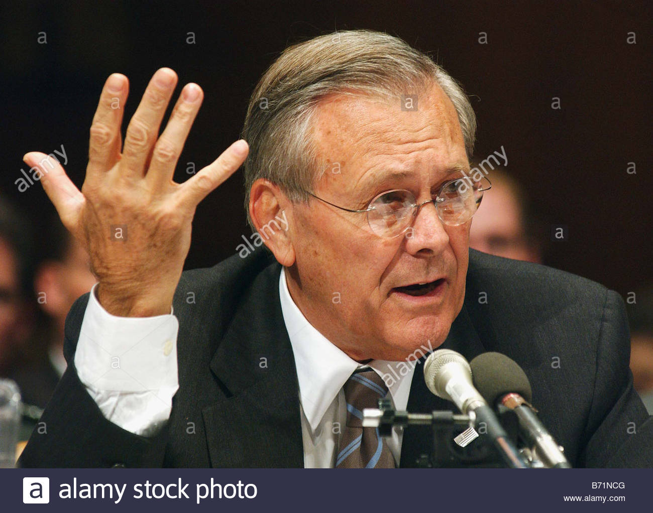 9 19 02 U S POLICY ON IRAQ Defense Secretary Donald H Rumsfeld during the Senate Armed Services hearing CONGRESSIONAL - Stock Image