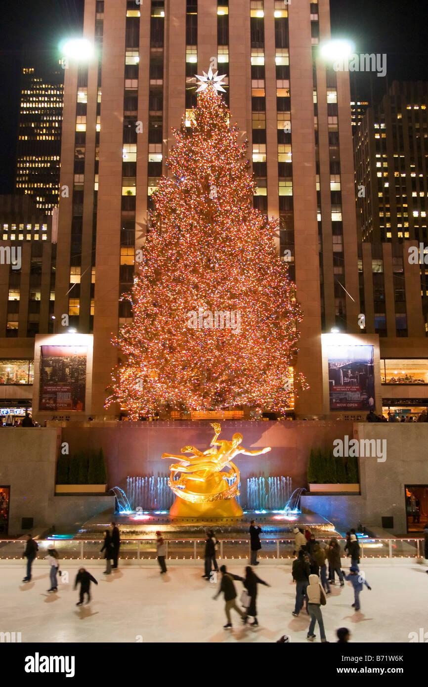 bae405e4 Rockefeller Center Christmas Stock Photos & Rockefeller Center ...