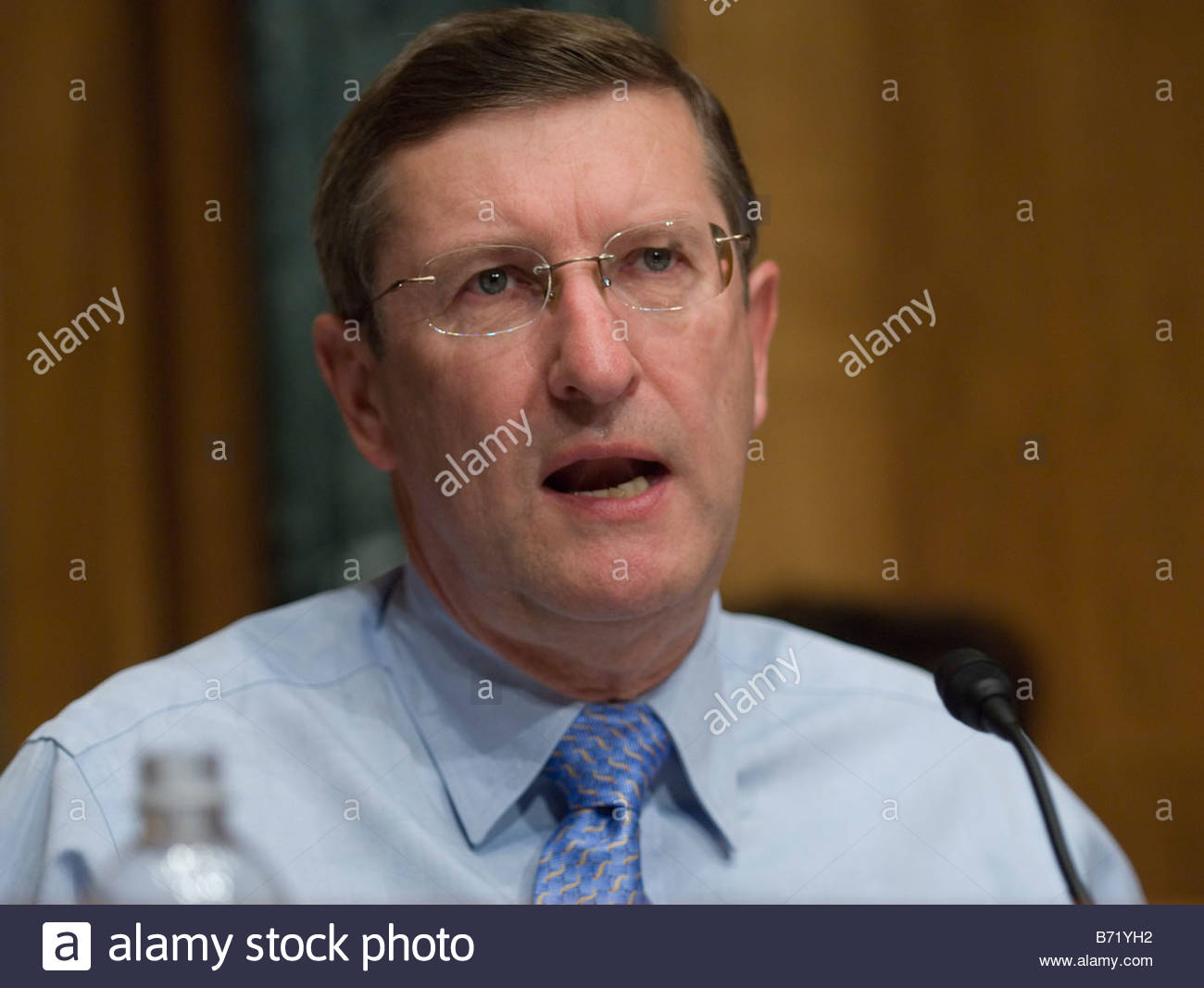 06 21 07 Senate Budget Chairman Kent Conrad D N D during the hearing on the budget and overhauling health care with - Stock Image