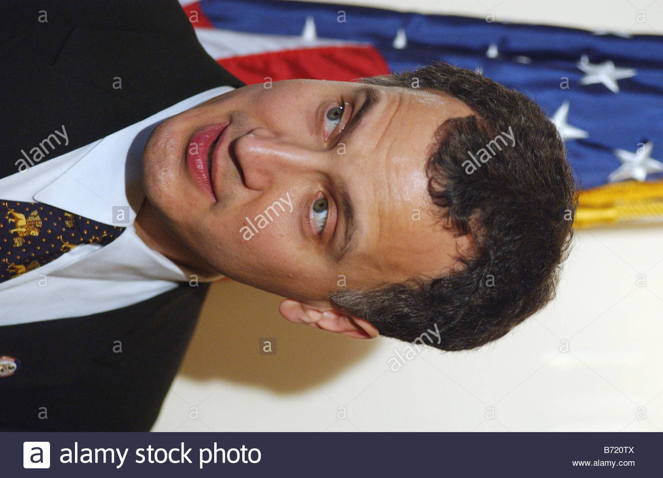 1 7 03 U S Rep Mark Kennedy R Minn during a mock swearing in with House Speaker J Dennis Hastert R Ill CONGRESSIONAL - Stock Image