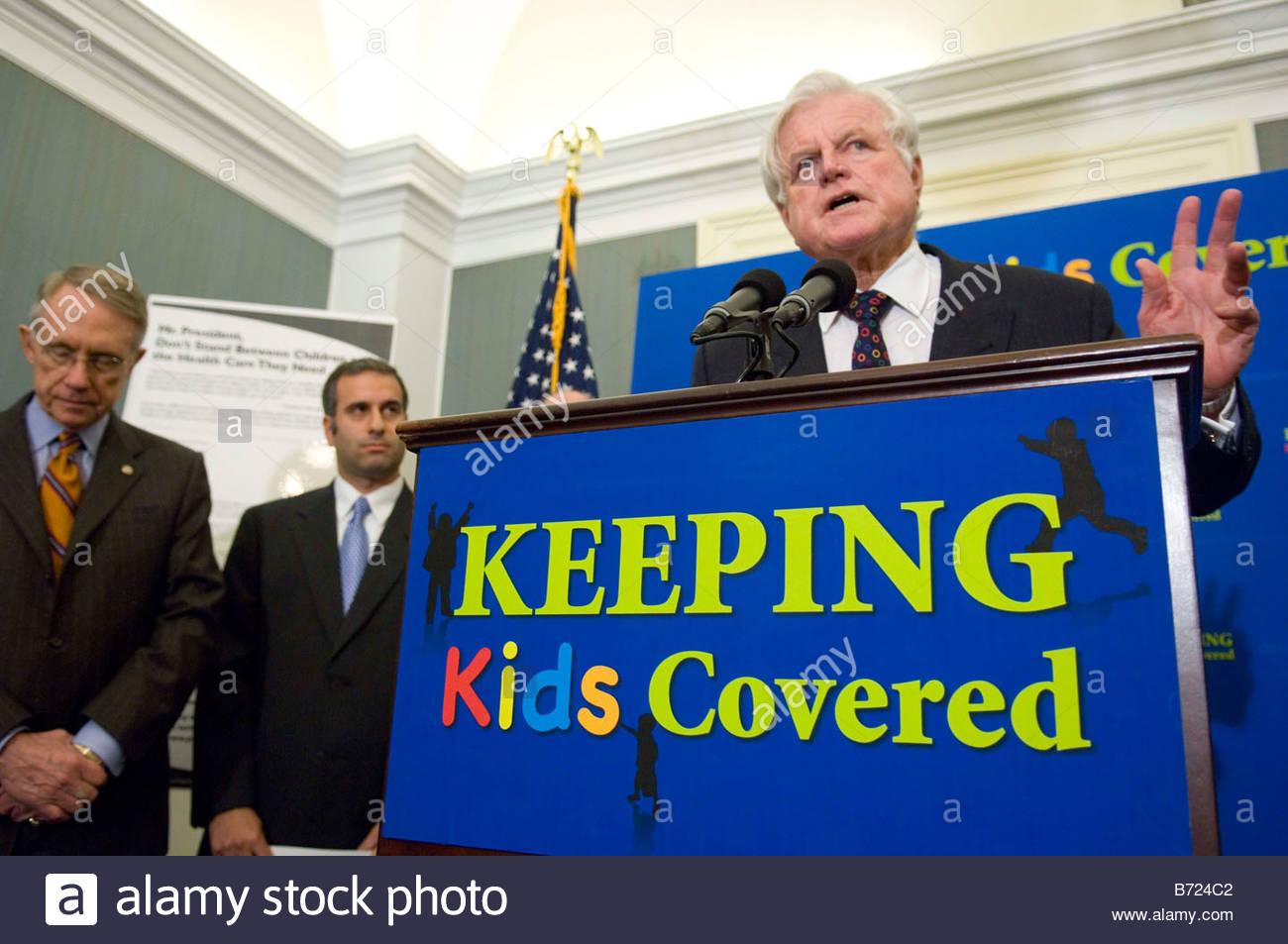 WASHINGTON DC Sept 26 Senate Majority Leader Harry Reid D Nev Rabbi Michael Namath Religious Action Center of Reform - Stock Image