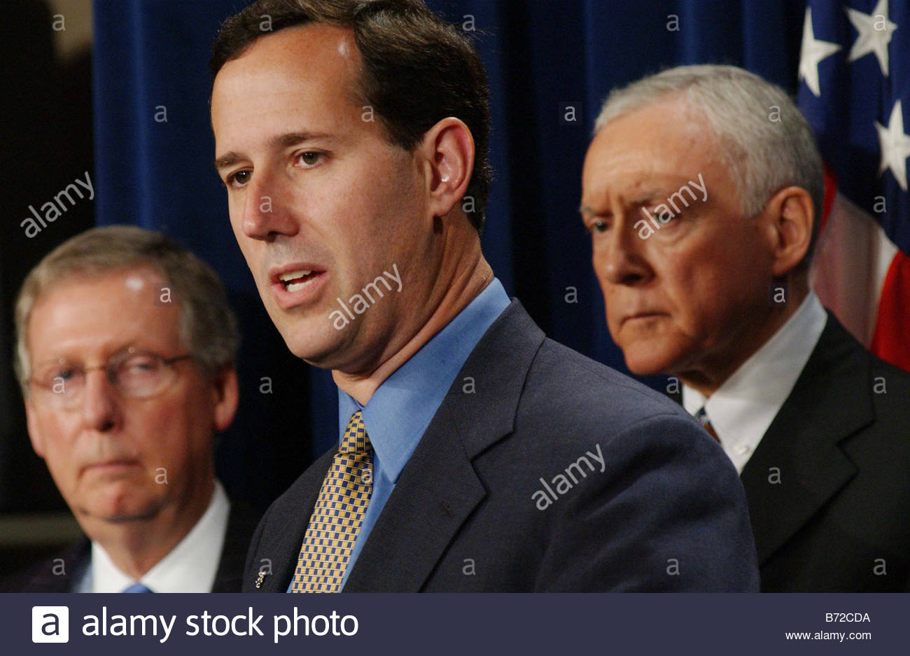 11 6 03 JUDICIAL NOMINEES FILIBUSTER Senate Majority Whip Mitch McConnell R Ky Senate GOP Conference Chair Rick - Stock Image