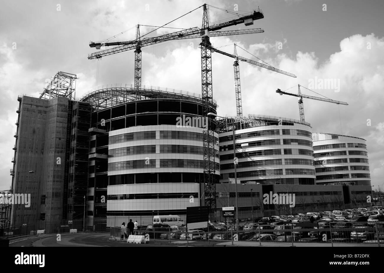 The new Queen Elizabeth Hospital, Edgbaston, Birmingham under construction. - Stock Image