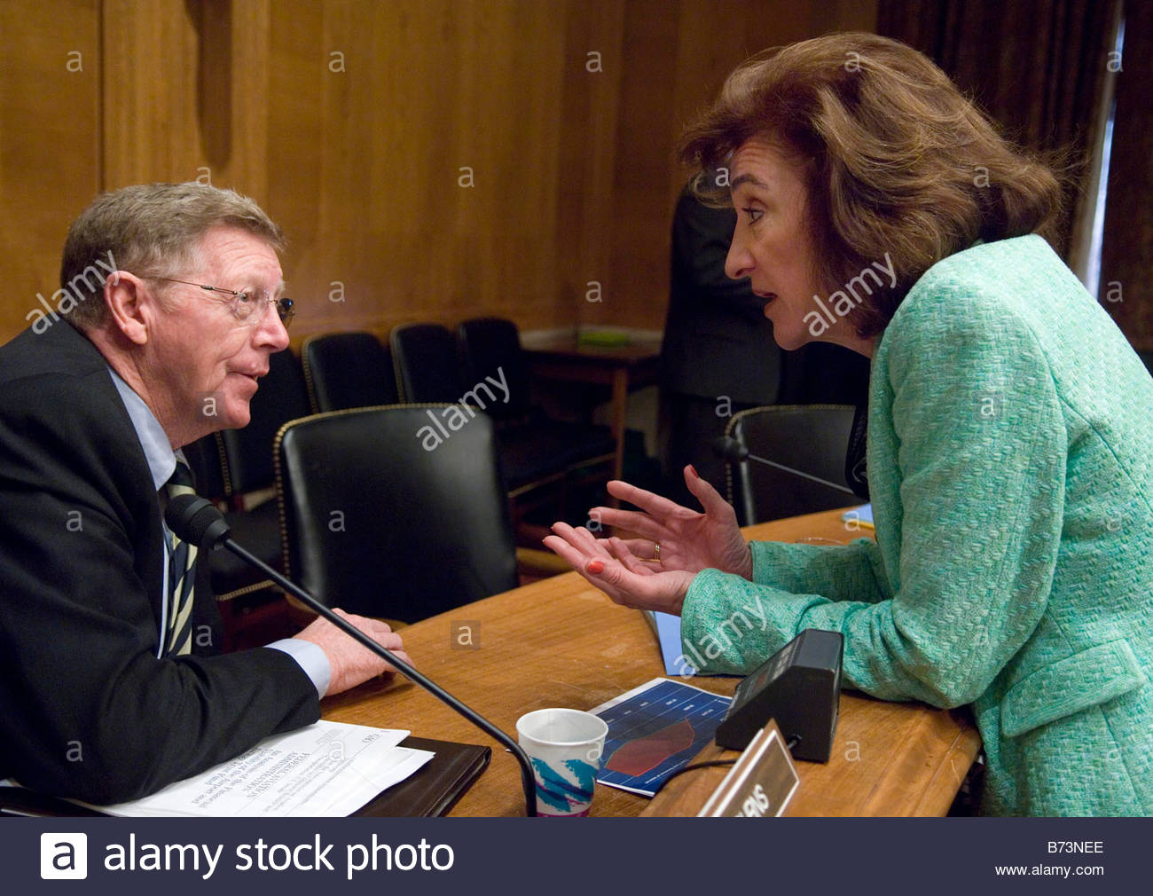 03 28 06 Chairman Conrad Burns R Mont and Federal Aviation Administration FAA Administrator Marion C Blakey talk - Stock Image