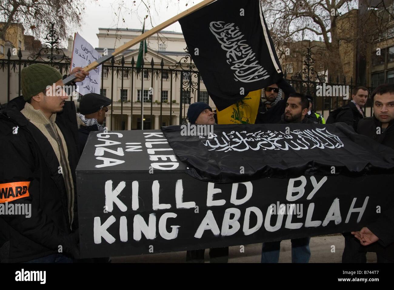 demonstration outside Saudi Arabian embassy - Stock Image