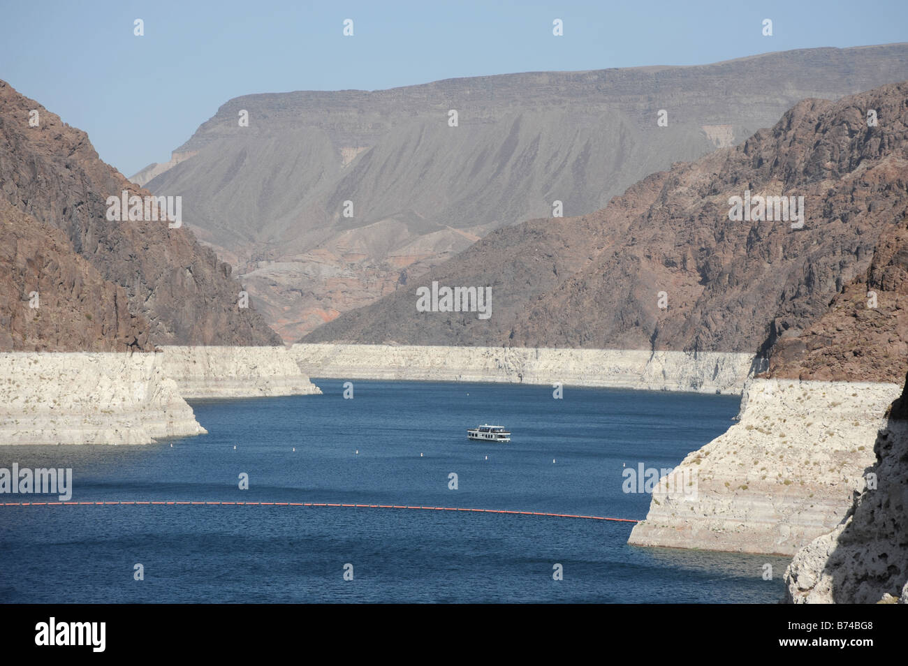Hoover Dam - Lake mead, showing the high water line Stock Photo