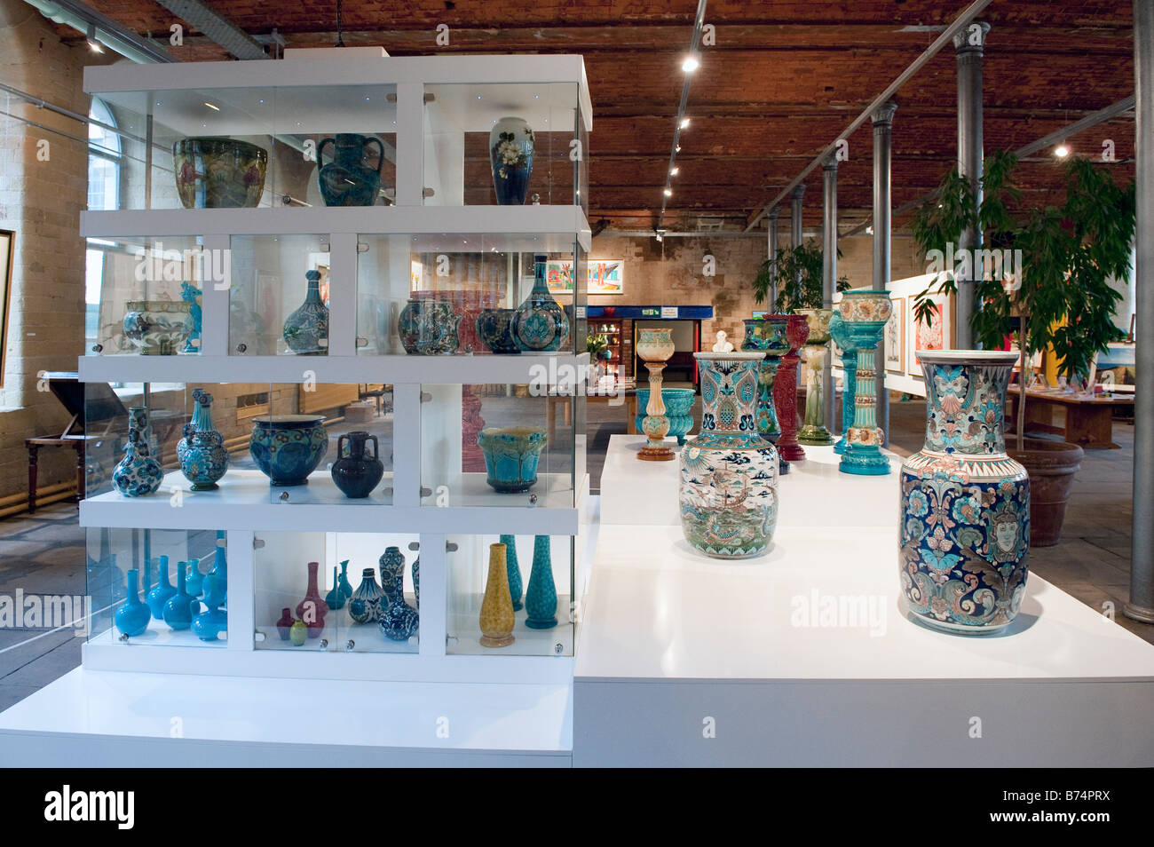Jardinieres and vases on display in Salts Mill in Shipley - Stock Image