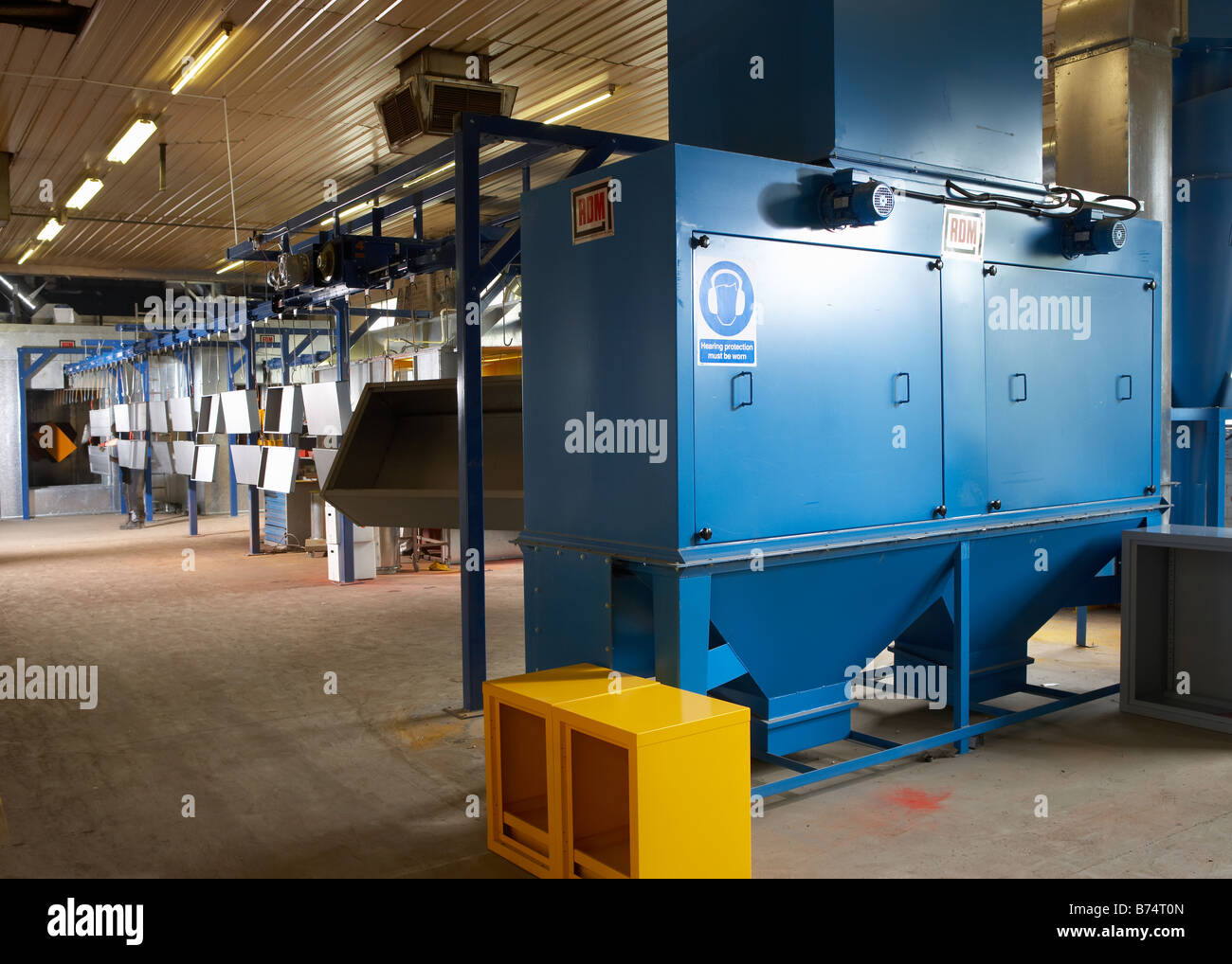 FACTORY ENGINEERING MANUFACTURING DUST EXTRACTION EQUIPMENT - Stock Image