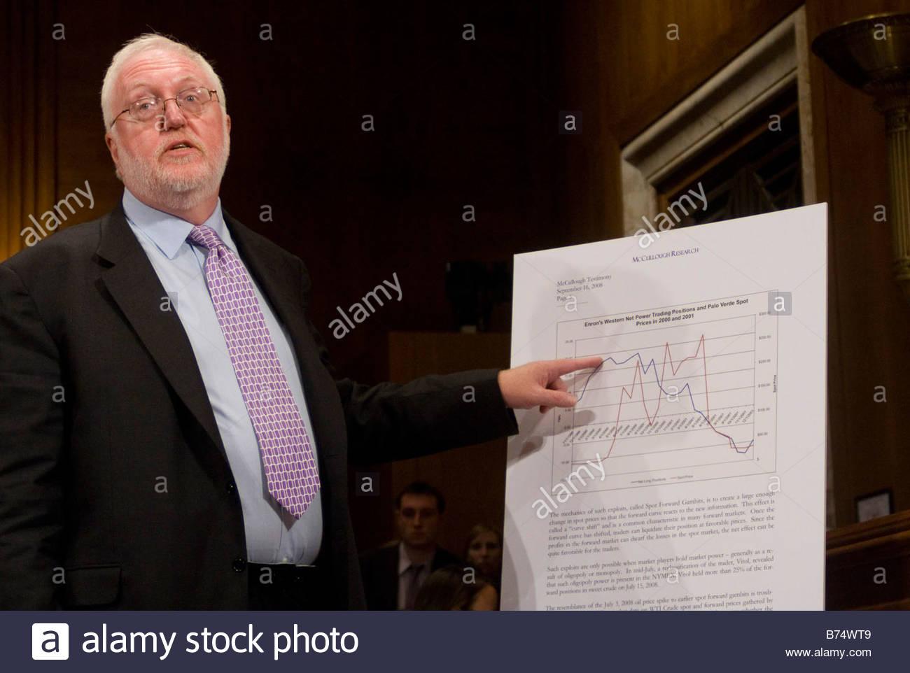 WASHINGTON DC September 16 2008 Robert McCullough managing partner of McCullough Research testifies before the Senate - Stock Image