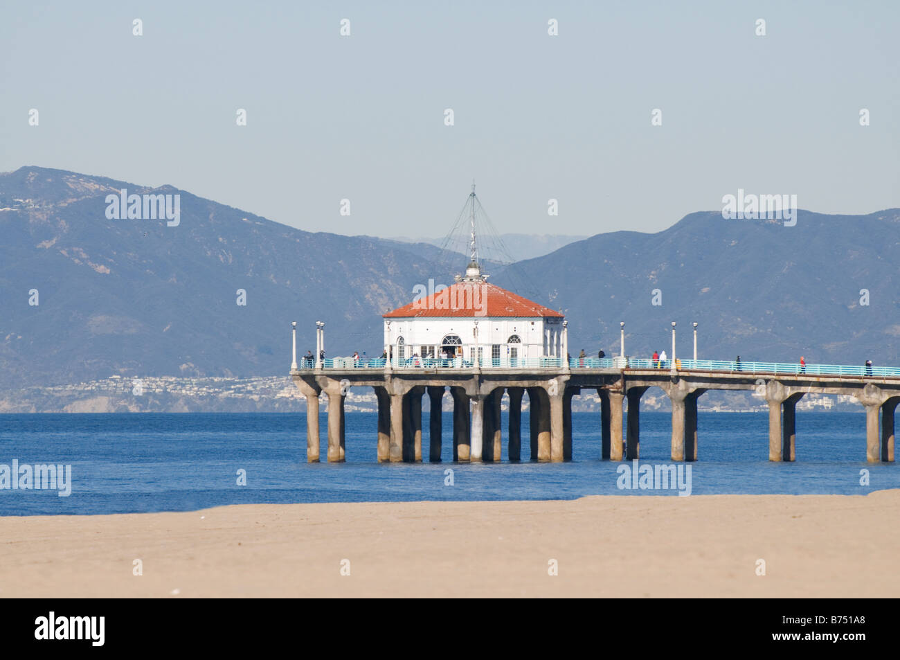 Manhattan Beach pier Santa Monica bay Los Angeles California - Stock Image