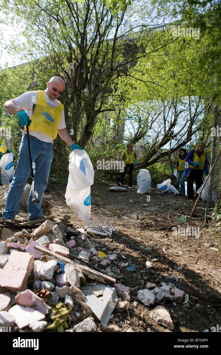 Community Clean Up under Burrard St. Bridge, Vancouver, Canada - Stock Image