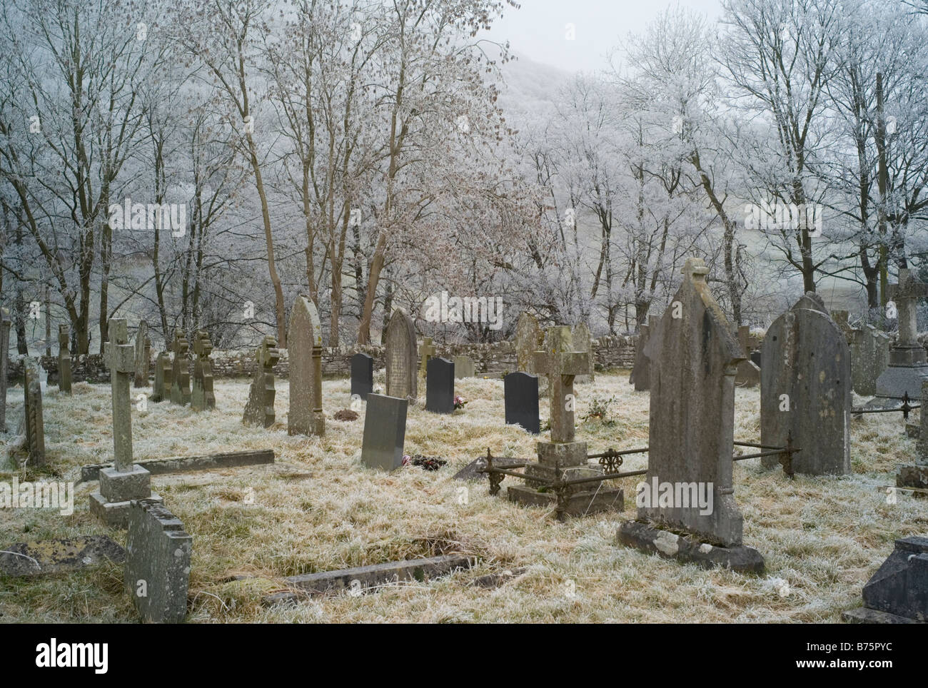 Country churchyard, England. - Stock Image