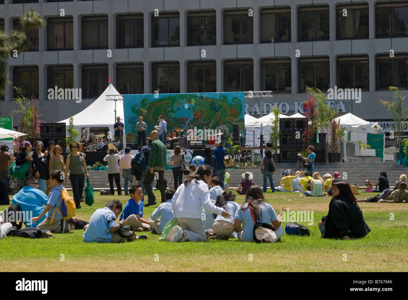 Earth Day, April 22, 2008. Wilshire Boulevard, Los Angeles, California, USA - Stock Image