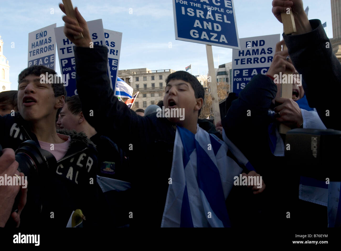 Demonstration in support of Israel. Young supporters of Israel taunt a counter pro Palestine demonstration - Stock Image