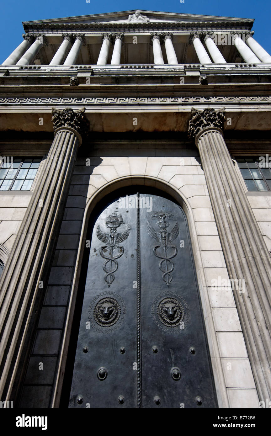 The front doors of the Bank of England - Stock Image