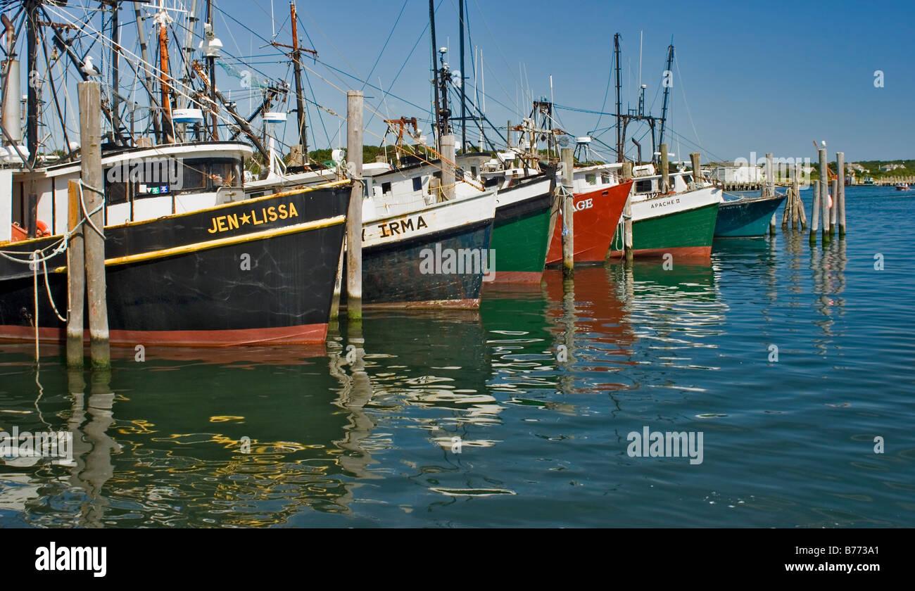 Commercial fishing boats montauk harbor long island ny for Fishing boats long island