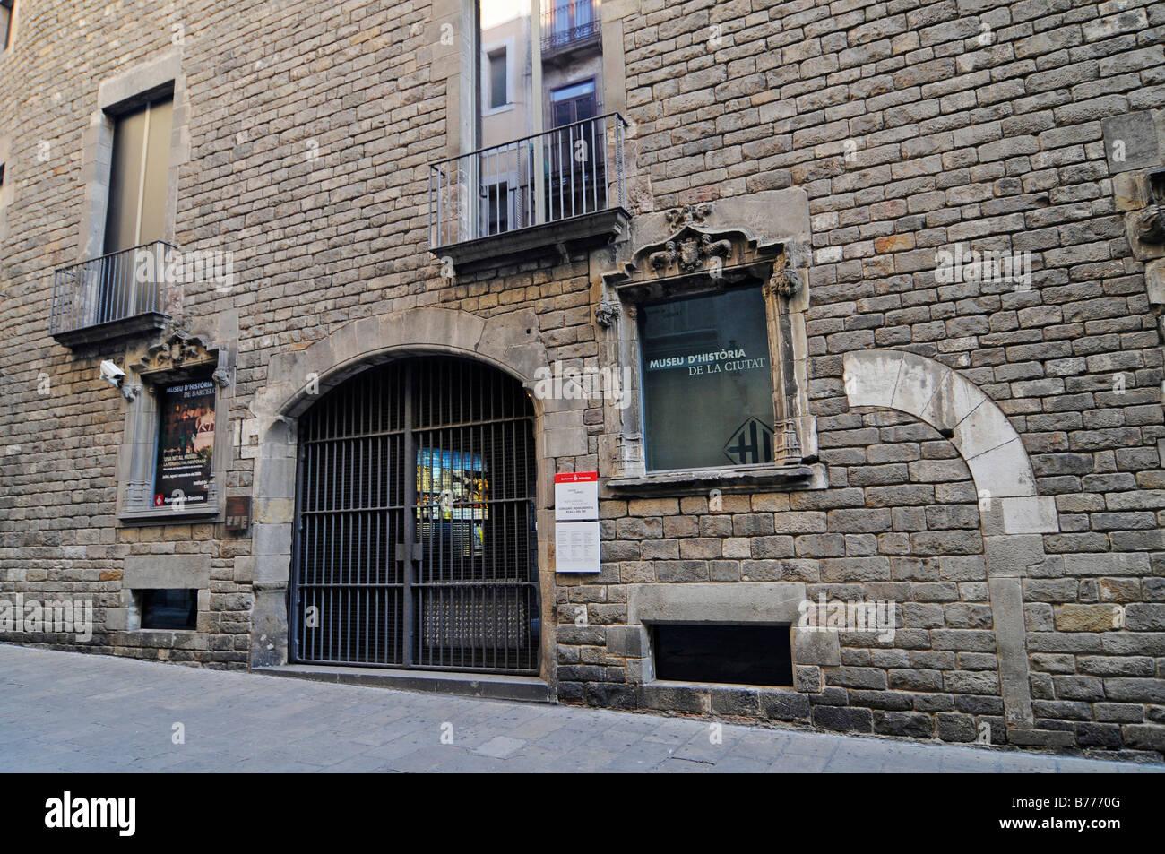Entrance, facade, Museu de Historia de la Ciutat, historical museum, Placa del Rei, Plaza, Barri Gotic, Barcelona, - Stock Image