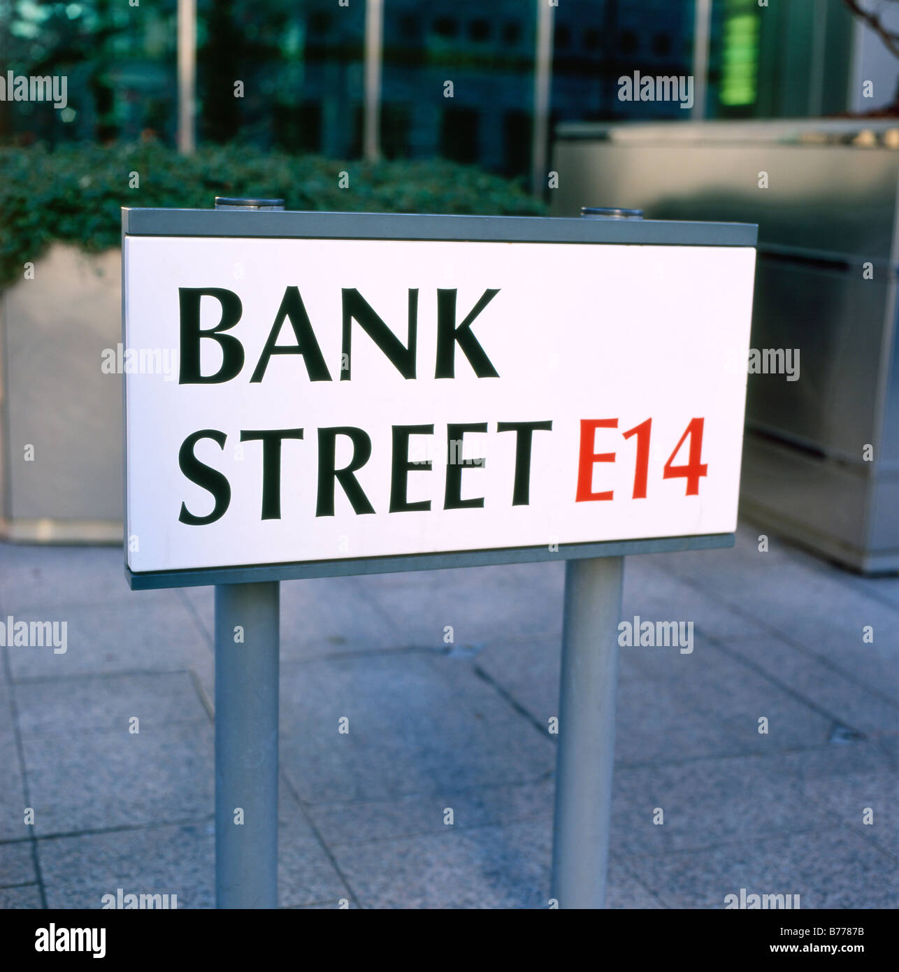 The Bank Street E14 sign Canary Wharf, CANADA SQUARE business district London England UK  KATHY DEWITT - Stock Image