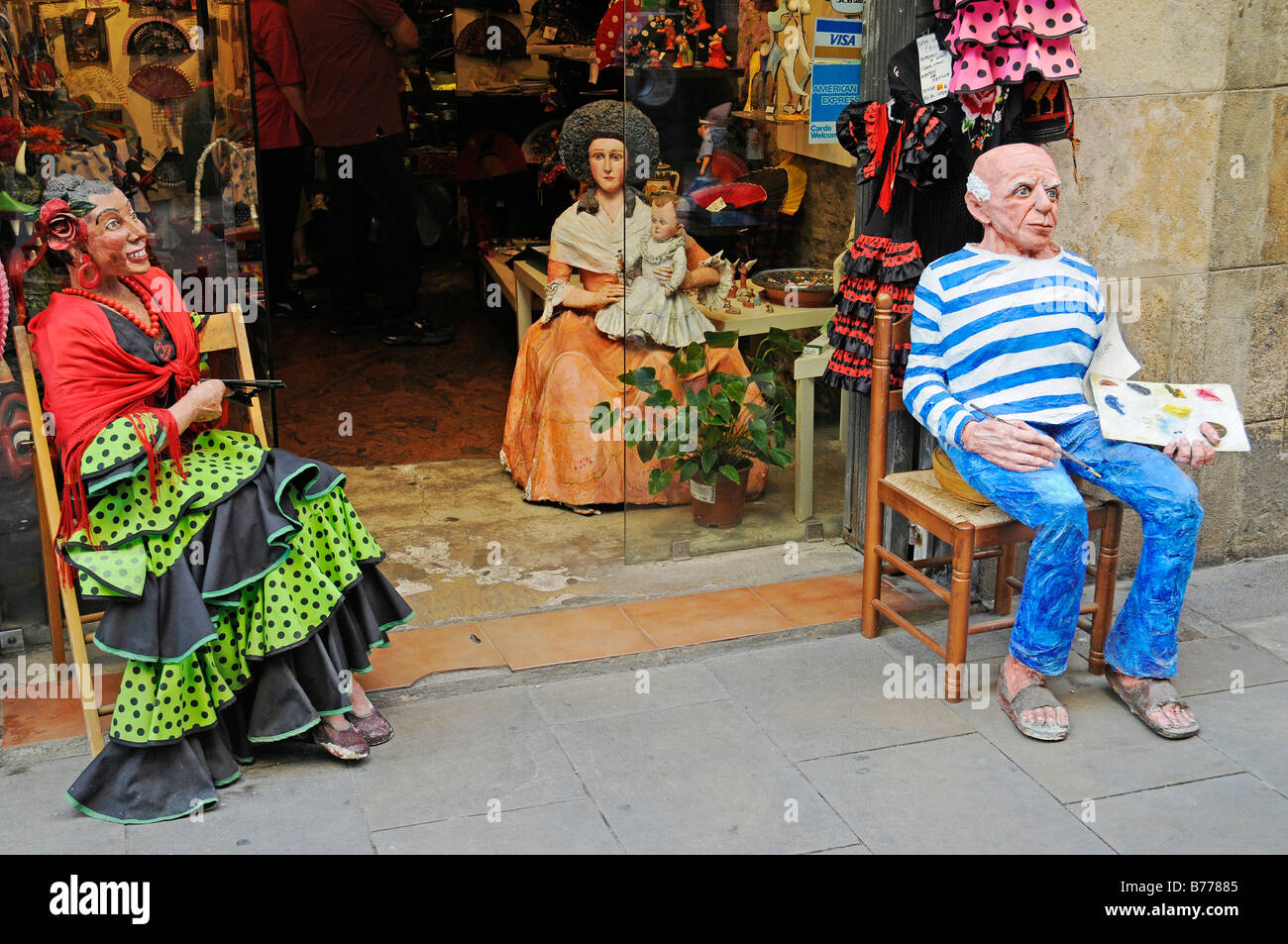 Picasso Painter Statue Flamenco Clothes Typical Spanish Souvenirs Souvenir Shop