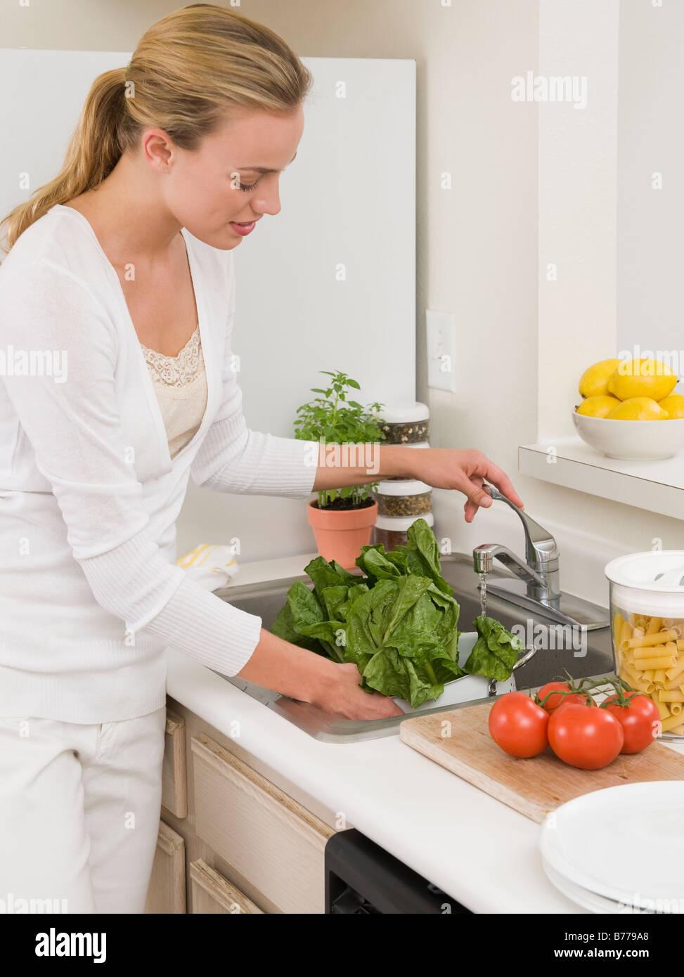 Kitchen Faucet Woman