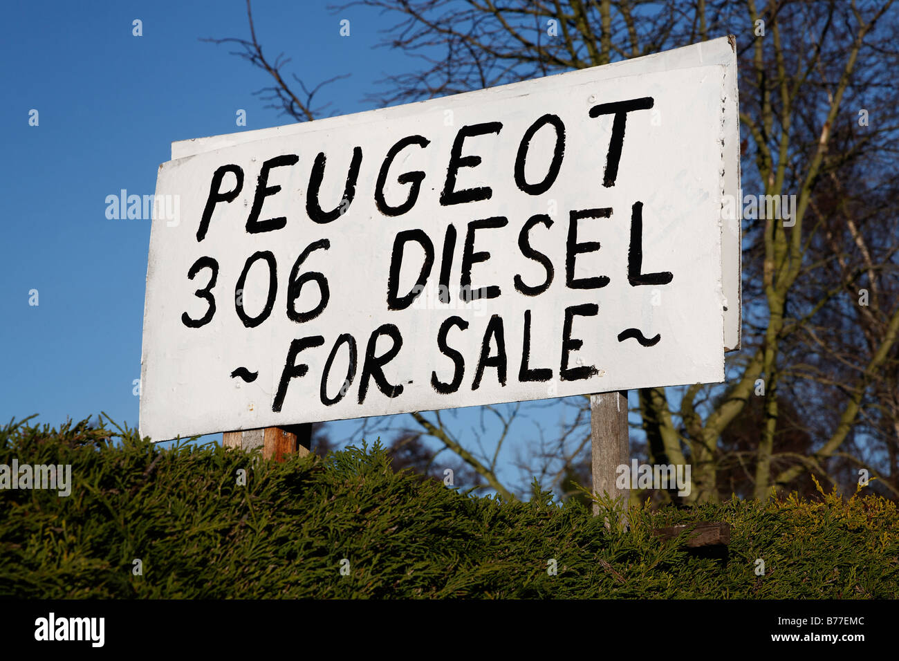 Homemade sign for Peugeot 306 diesel for sale - Stock Image