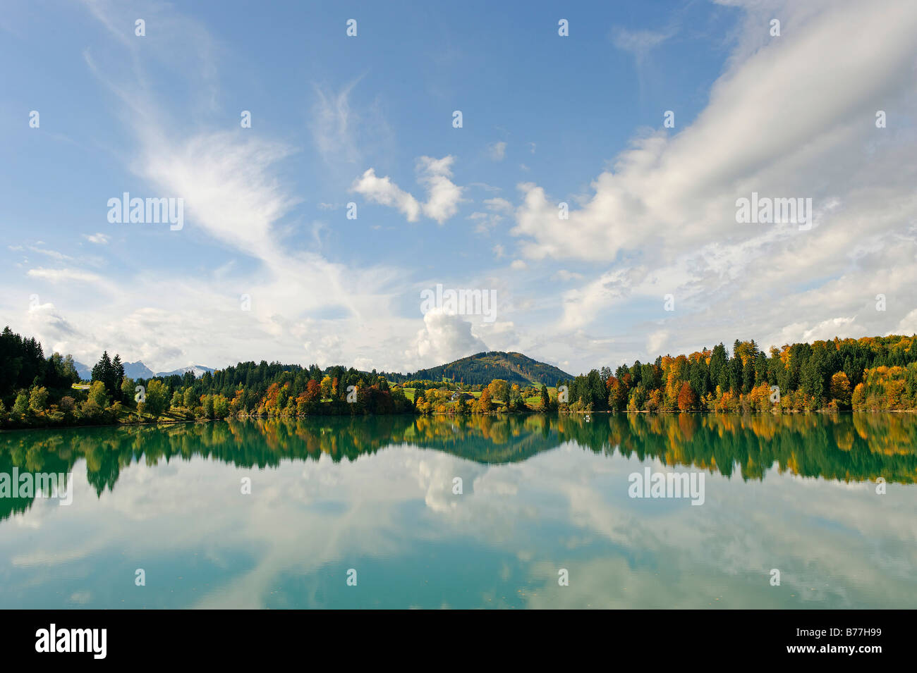 Forggensee lake in front of the Zwieselberg mountain, 1055 m, near Rosshaupten, Bavarian Swabia, Bavaria, Germany Stock Photo