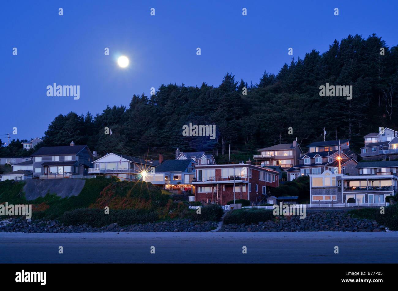 Cannon Beach under full moon, Cannon Beach, Clatsop County, Oregon, USA, North America - Stock Image