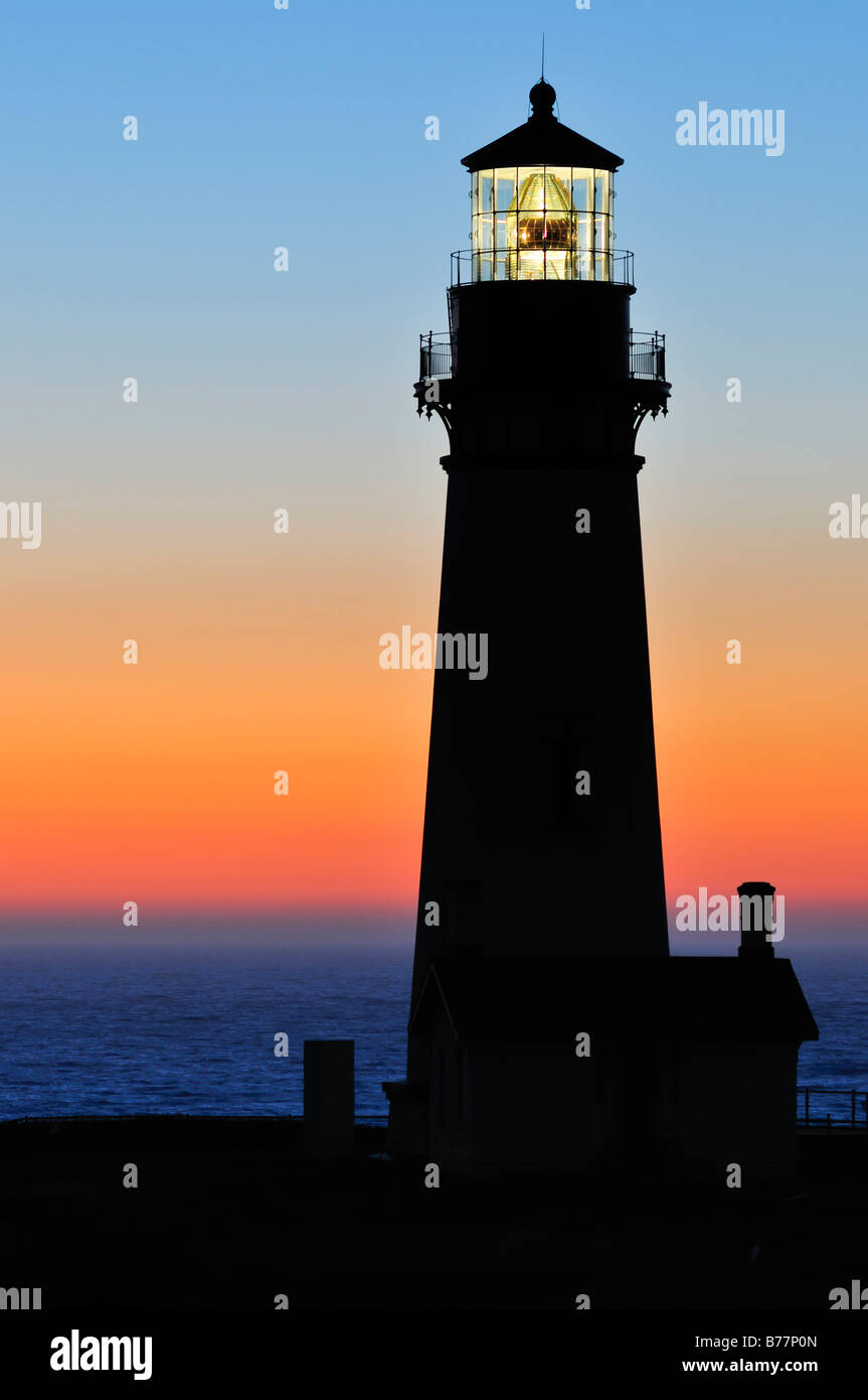 Yaquina Head Lighthouse, tallest lighthouse in Oregon, 28.5 metres, point of interest, Yaquina Head, Oregon, USA, - Stock Image