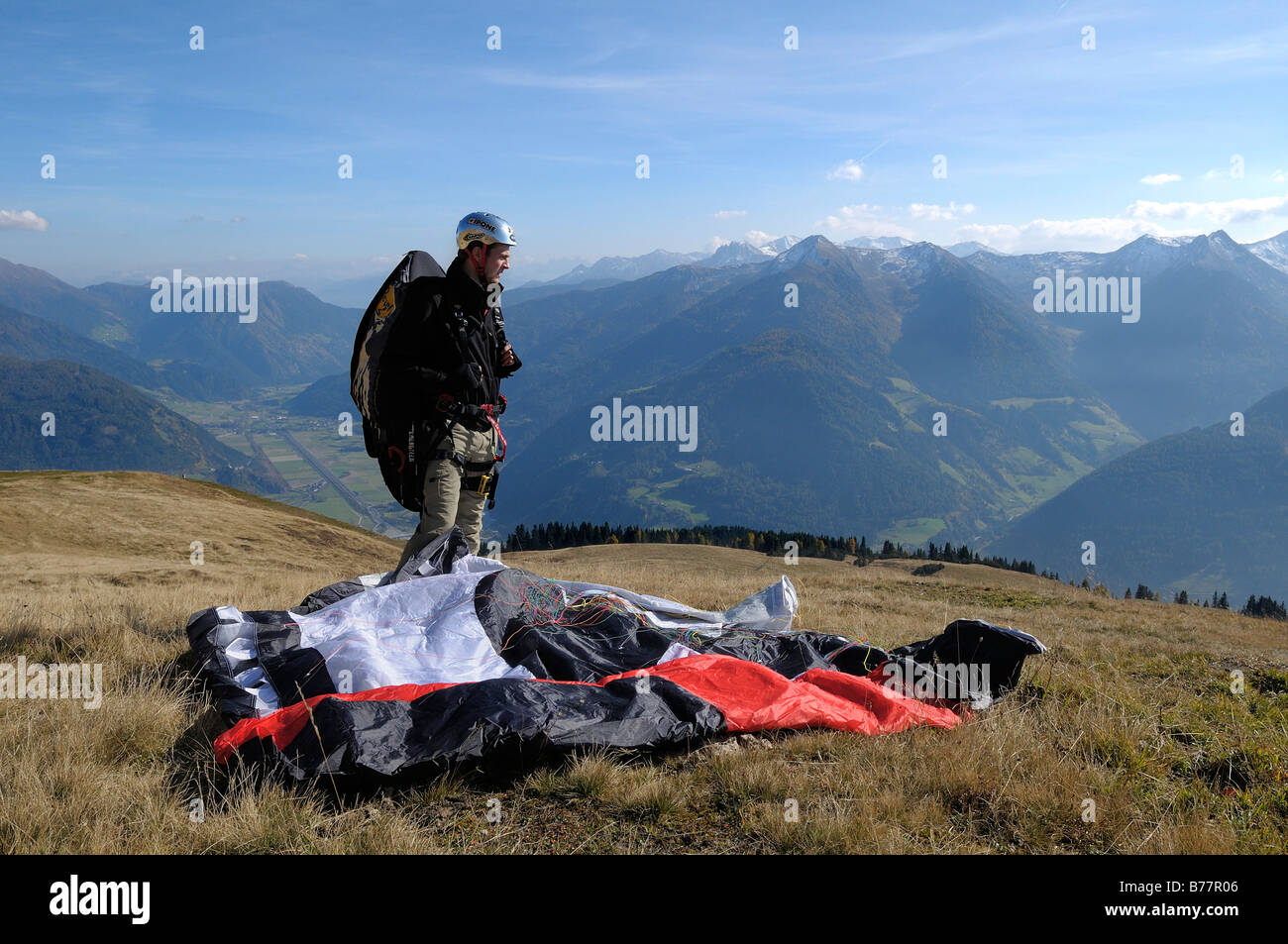 Paraglider preparing for takeoff, Monte Cavallo, Sterzing, Province of Bolzano-Bozen, Italy, Europe - Stock Image