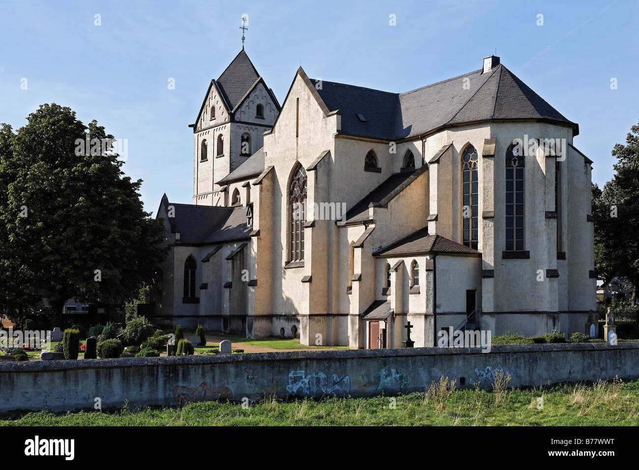 St. Matthias Church, built in 12th century, Hohenbudberg, Krefeld-Uerdingen, Rhineland, North Rhine-Westphalia, - Stock Image