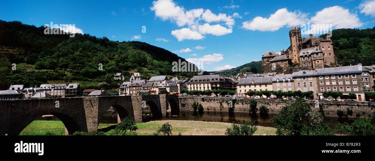 Village of Estaing in the Vallee du Lot in Aveyron France - Stock Image