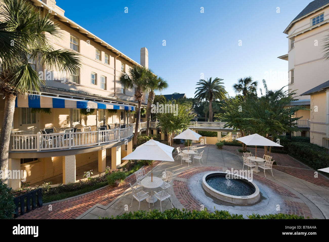 The 19thC Jekyll Island Club (formerly an exclusive private club and now a hotel), Jekyll Island, near Brunswick, - Stock Image