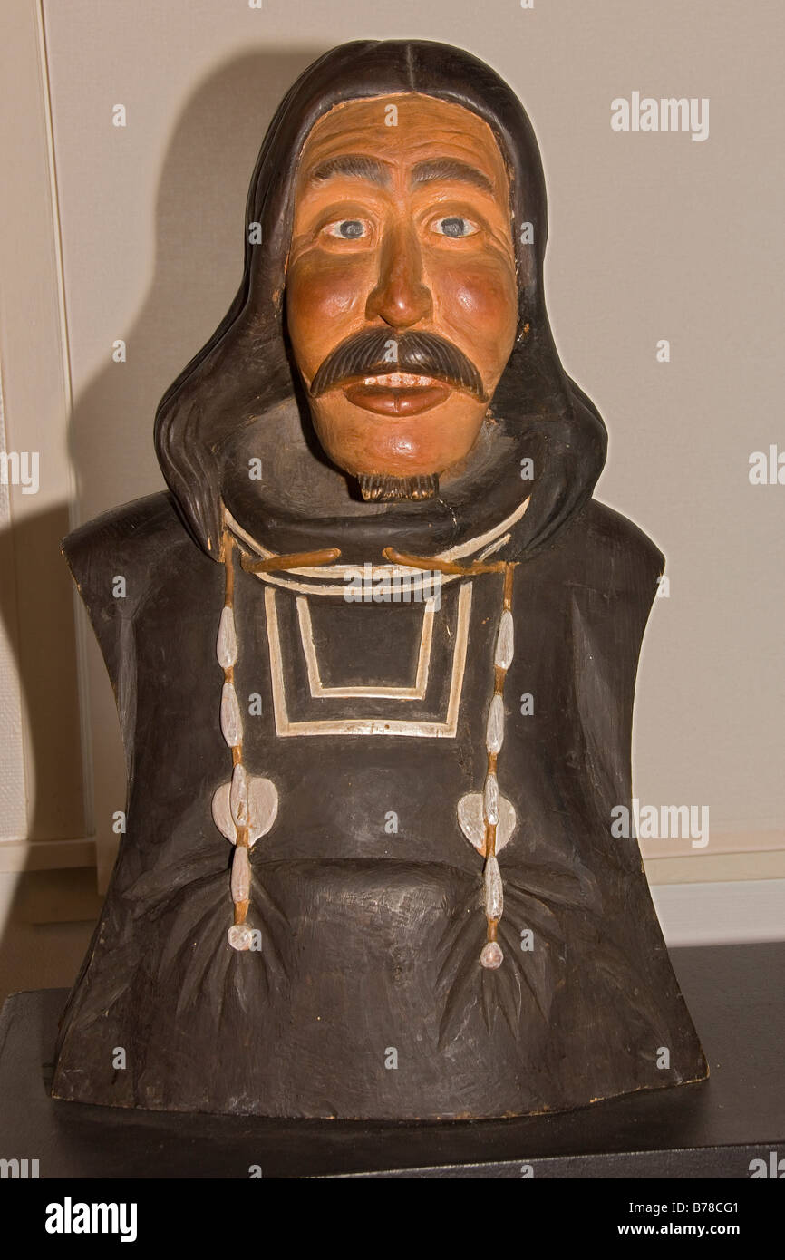 Sculpture of  Inuit people - Stock Image