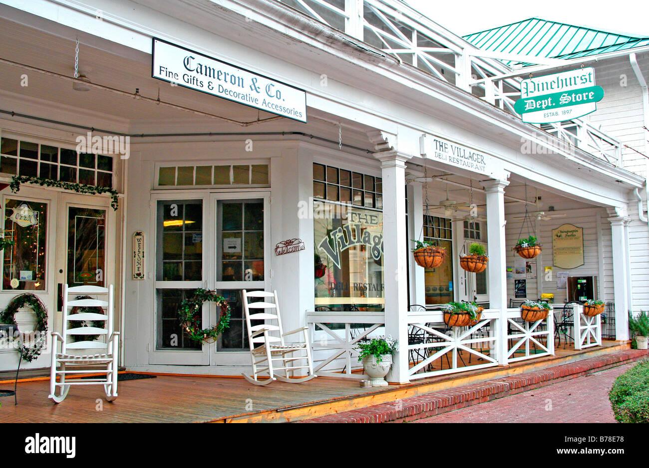 Department store and shops Pinehurst North Carolina - Stock Image