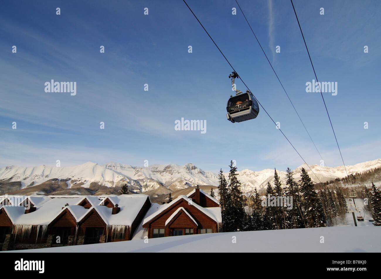 Gondola lift on Mountain Village, ski region Telluride in Colorado, USA, North America - Stock Image