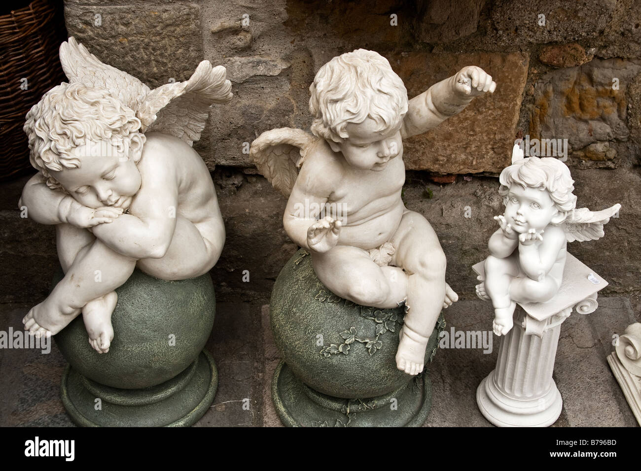 three angels - Stock Image