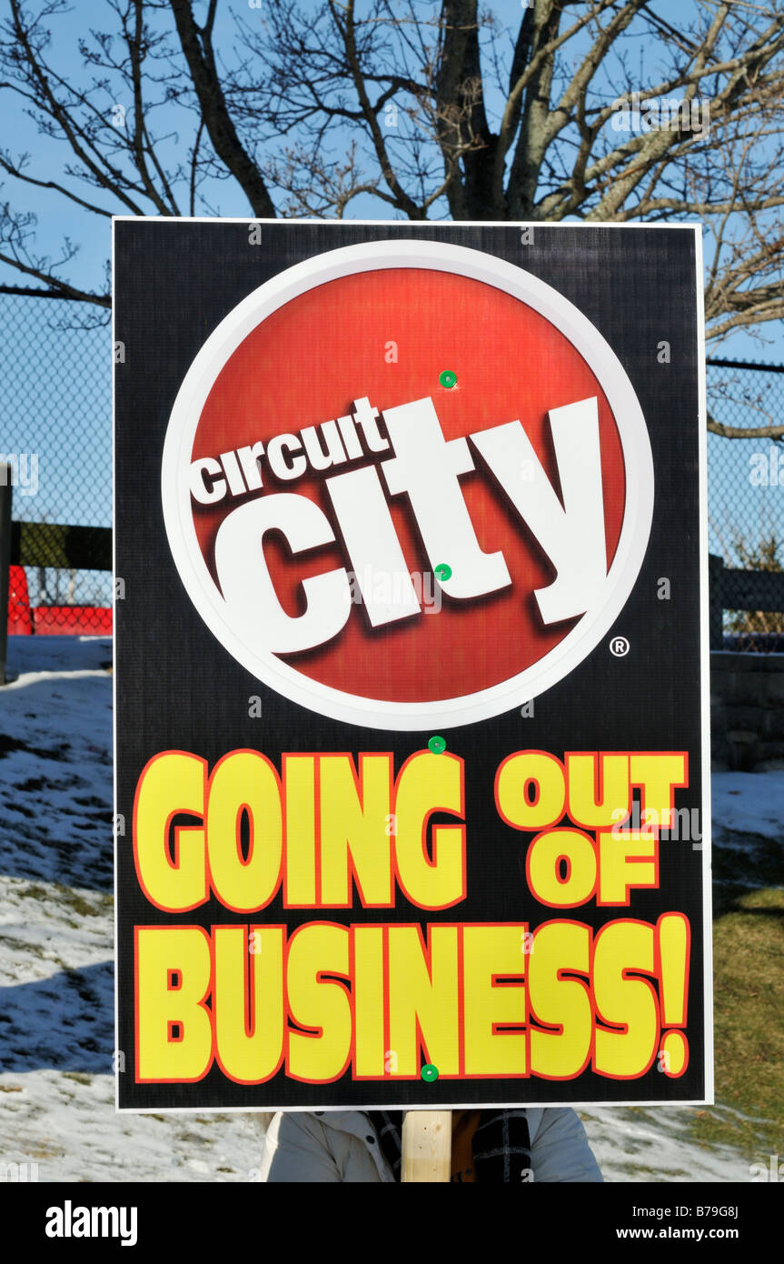 Retail electronics store Circuit City going out of business sign - Stock Image